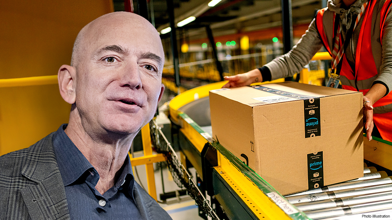 400 politicians worldwide press Jeff Bezos to raise wages, pay more taxes